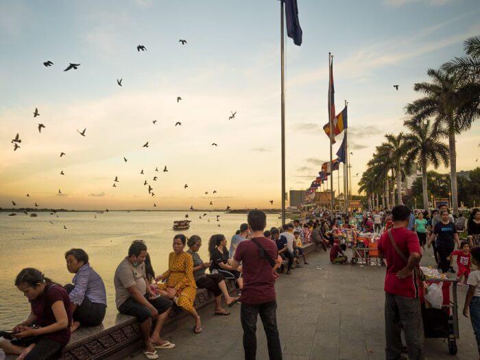 Come arrivare a Phnom Penh, Cambogia - In auto, autobus, treno o aereo